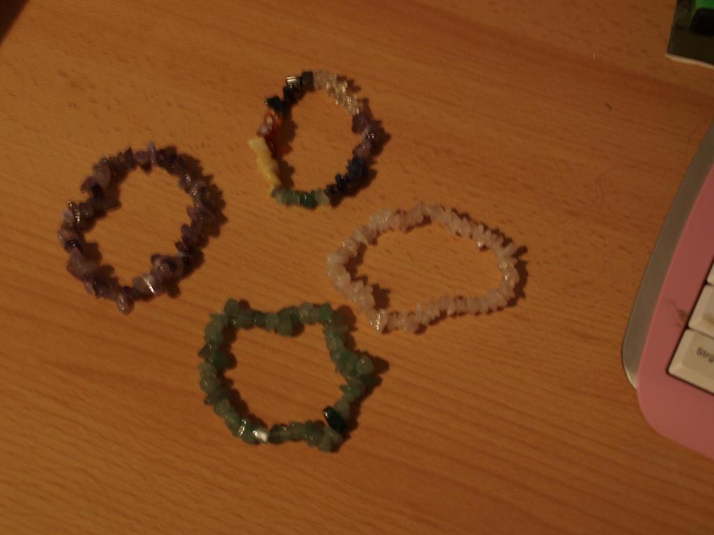 My new Bracelets *-* by oOFrosteehOo