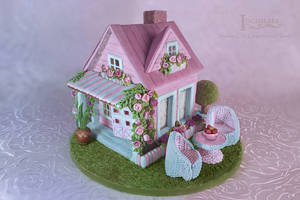 Shabby Chic Gingerbread House by GingerbreadFairy