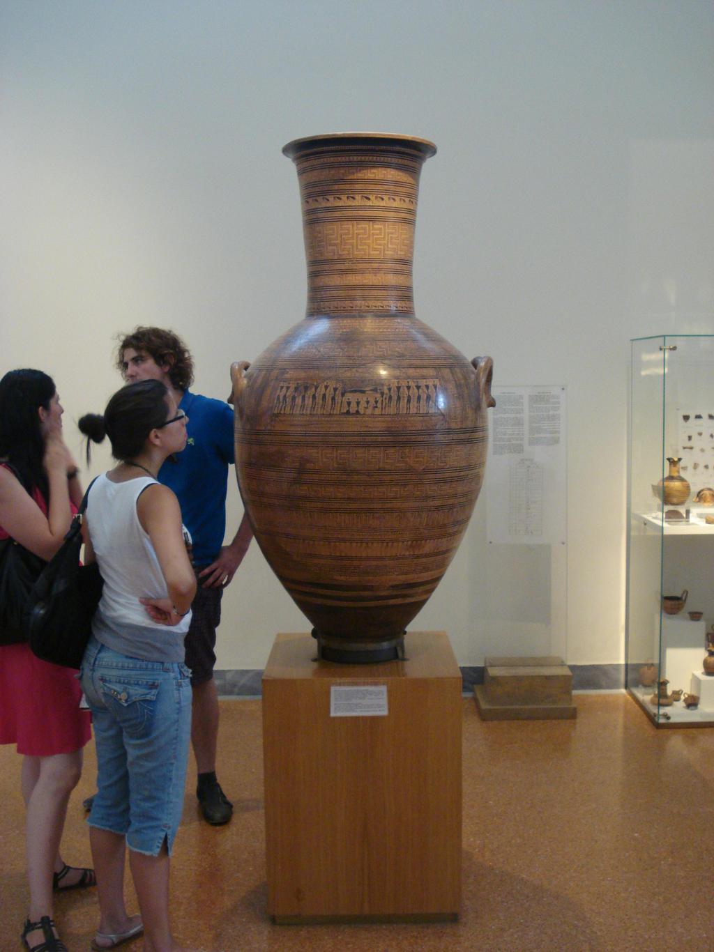 Fig4Dypilon vase by phoenixleo