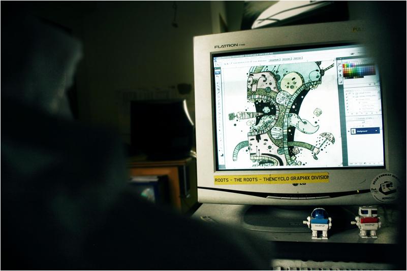deskshotsnaptop by astronautboys