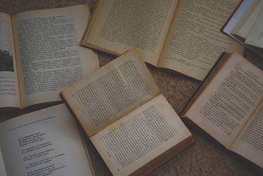 books by Kagamine-Tiki