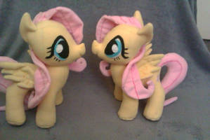 Fluttershy Plushies by Arualsti