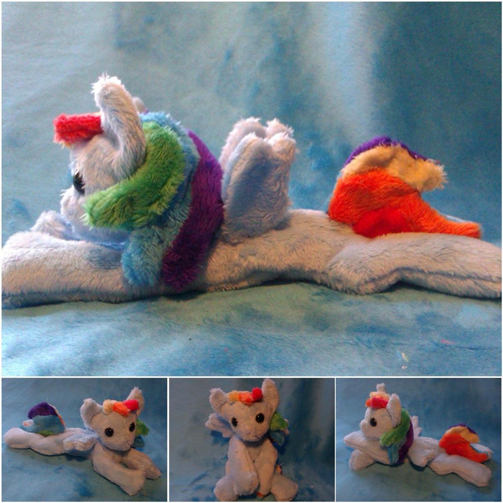 Rainbow Dash beanie by Arualsti
