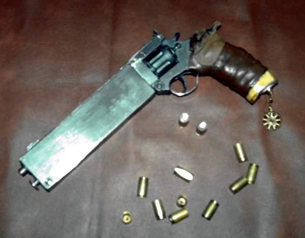 Futuristic Revolver Prop 01 by Tobias-lockhart on DeviantArt