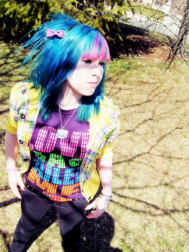 http://fc09.deviantart.com/fs25/f/2008/084/c/c/Spring_Colors_by_lovelyxtragedy.jpg