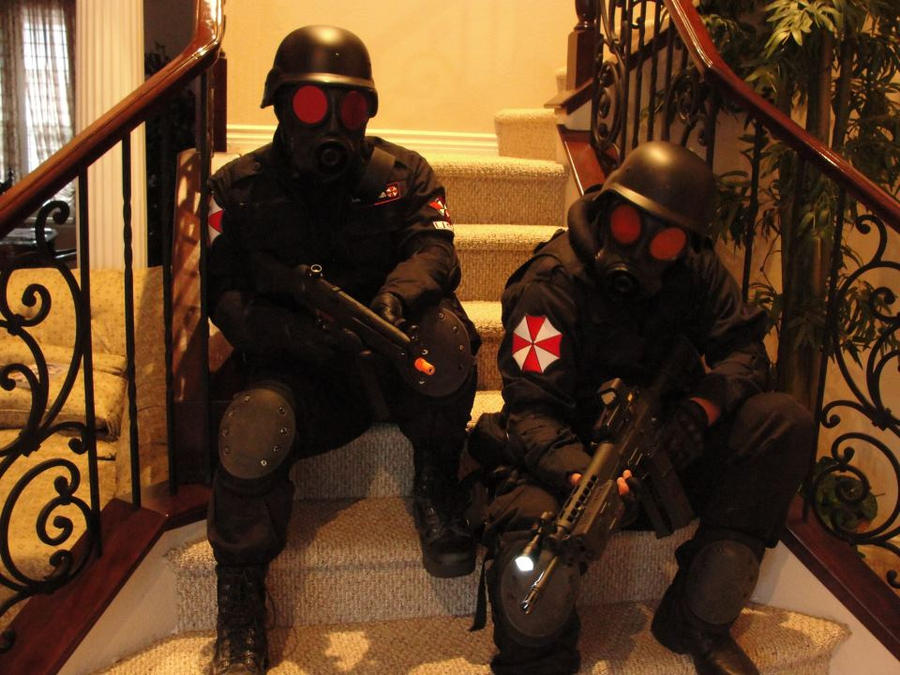 Resident Evil Umbrella Security Service cosplay by Demon-Lord-Cosplay