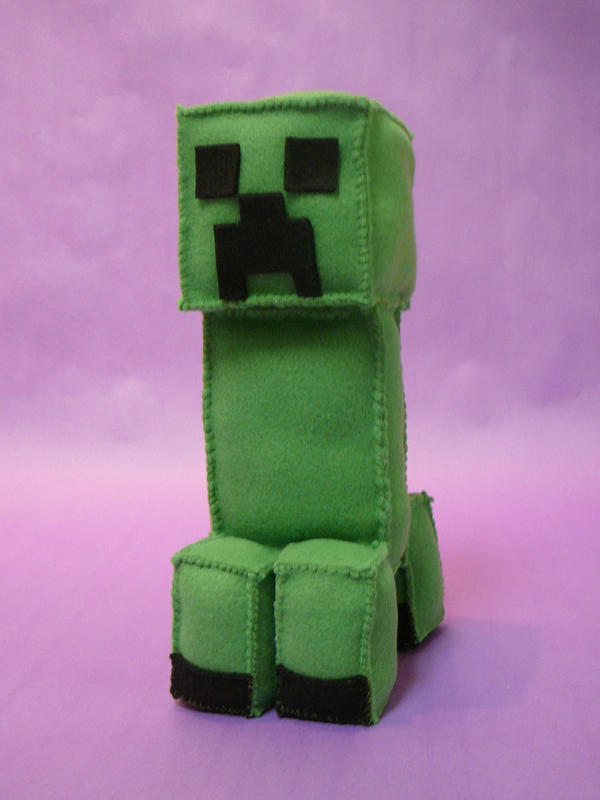 Creeper Plushie by FishingForBirdies