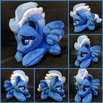 Tiny Night Glider Plush by Burgunzik