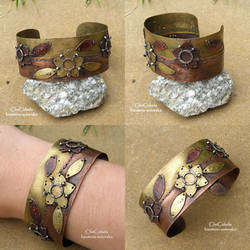 Patchwork bracelets by TriquetraZone