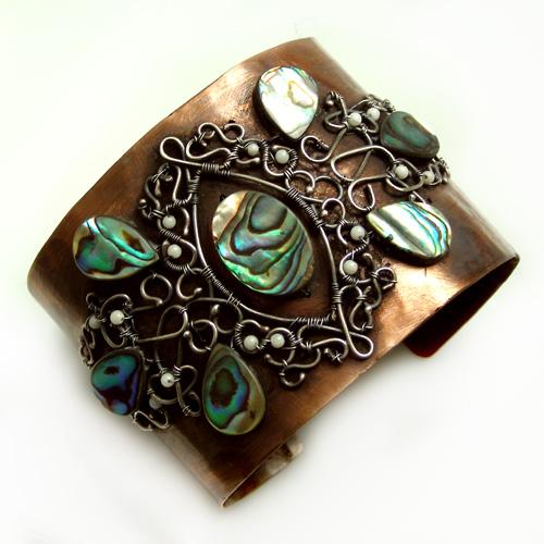Paua bracelets by TriquetraZone