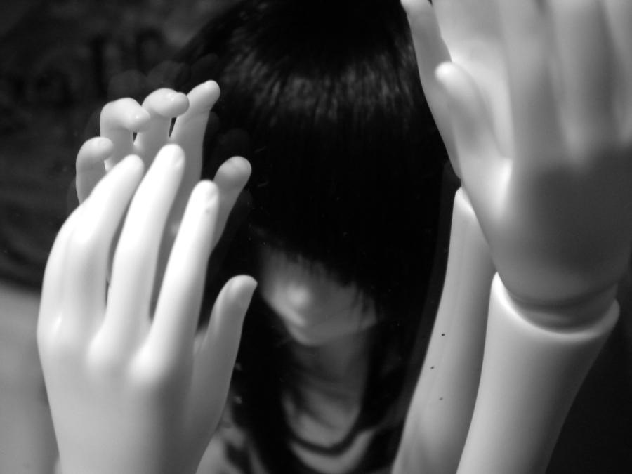 Tantazling hands by RedRumDog