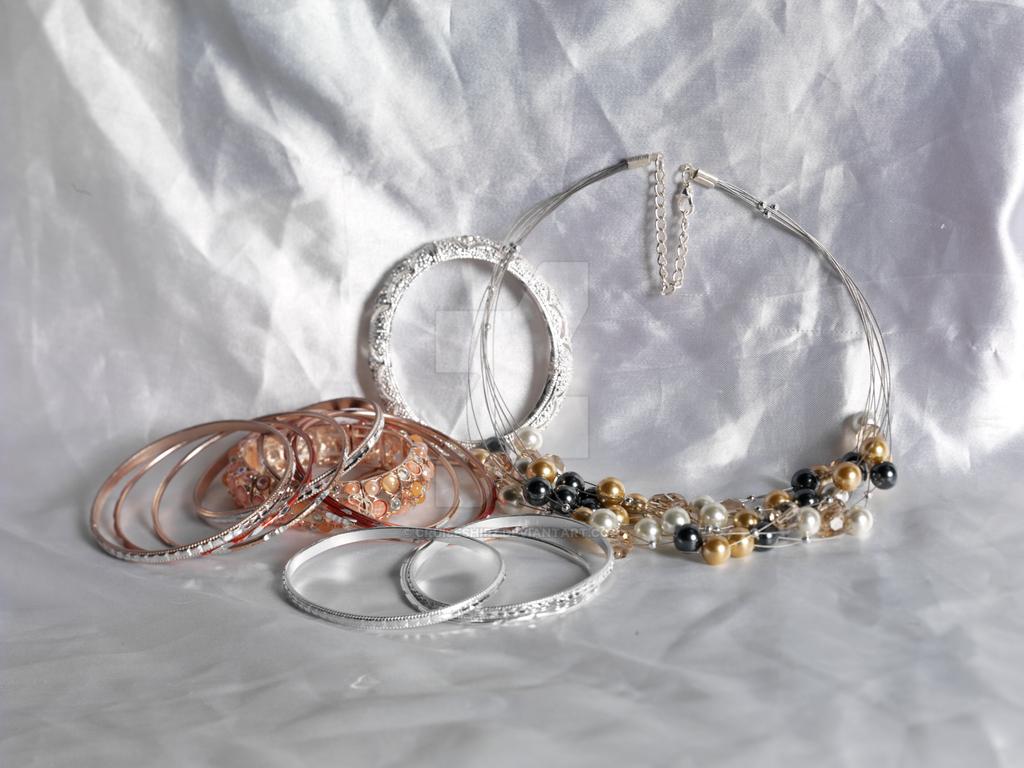 Bangles and Pearls by cruiseshipz