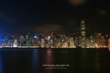 Hong Kong at night by sllim