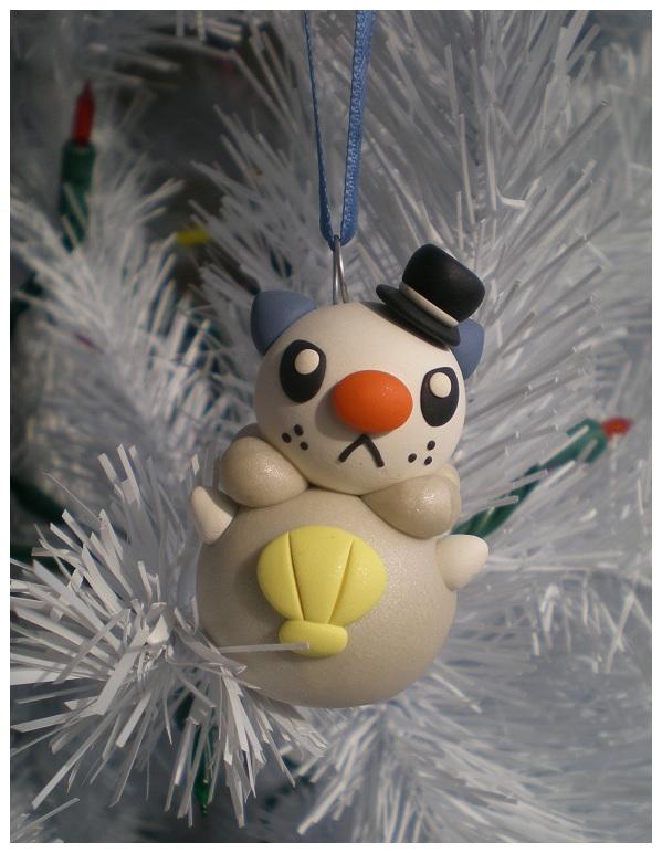 Snowman Oshawott by Foureyedalien