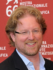 Andrew Stanton cropped 2009 by TheCartoonWizard