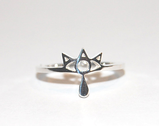 Silver Sheikah Ring by knil-maloon