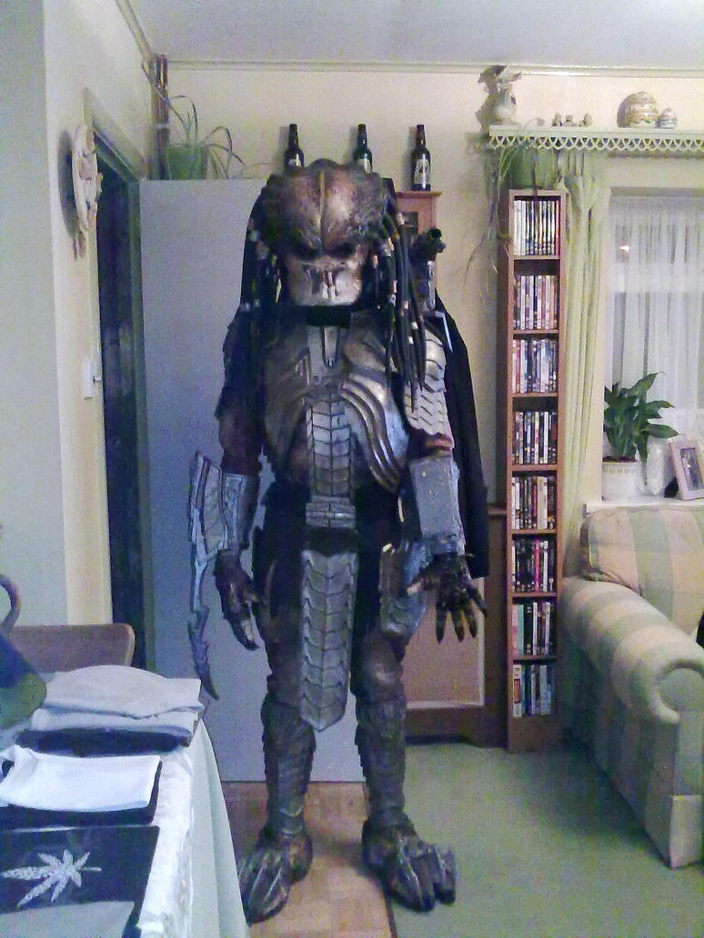 AvP Predator cosplay costume by Maaku564 ... & AvP Predator cosplay costume by Maaku564 on DeviantArt