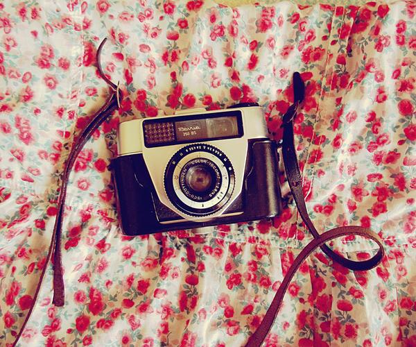 Grandpa's Camera by EneKiedis