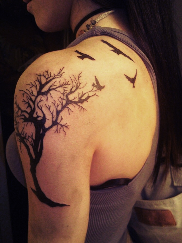 Tattoo design ideas on pinterest rowan ravens and raven for Tree shoulder tattoo