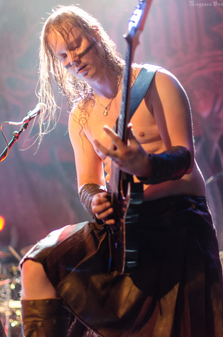 Ensiferum: Petri Lindroos by darkagesun