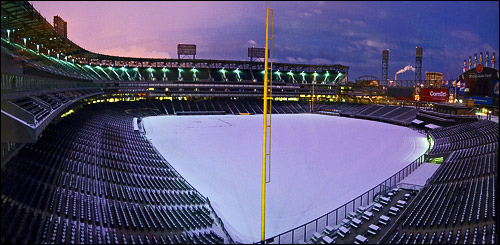 Winter at U.S. Cellular Field by soxrox22