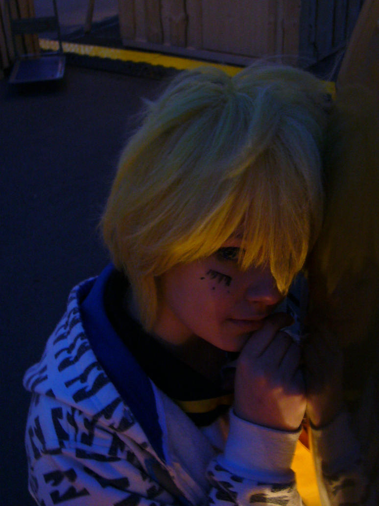lovely yellow light by Rainmon