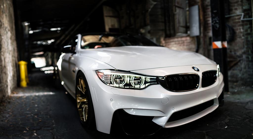 BMW M4 by StrayShadows