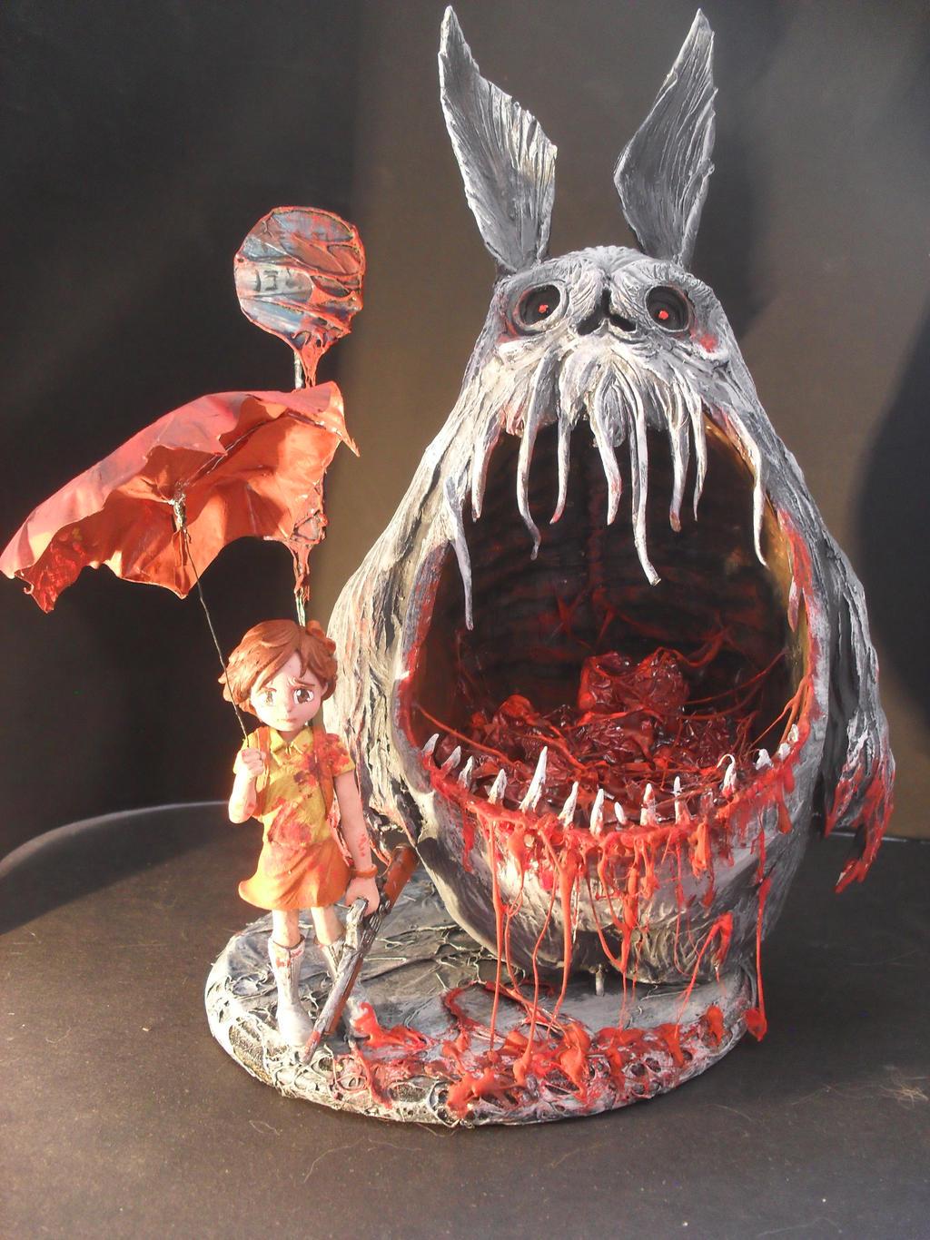 Totoro bus stop by JOPUTAPELIRROJO