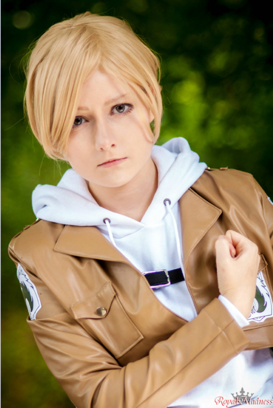 Image result for cosplay annie leonhardt