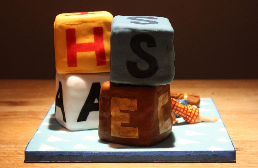 Chestburster Cake Decoration