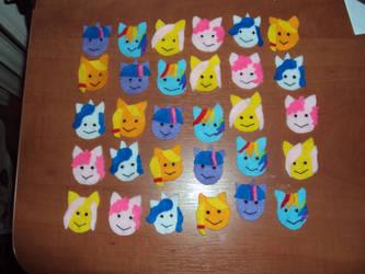 My little pony badges by KwiatSniegu