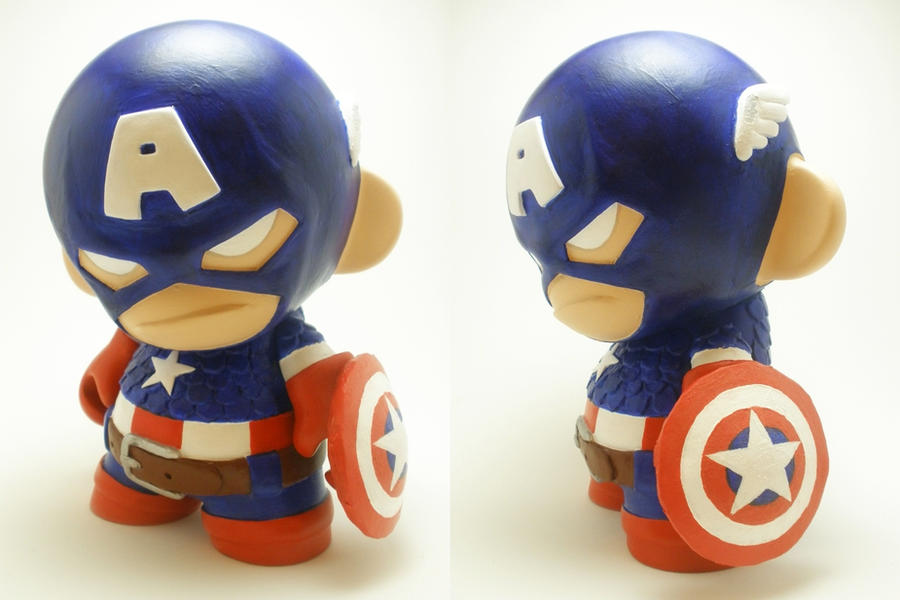 Captain America Munny by xf4LL3n