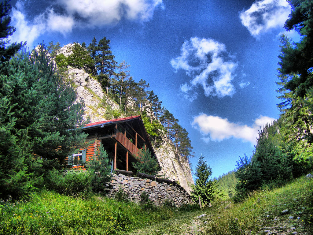 Mountain House Hdr By Carnacior On Deviantart