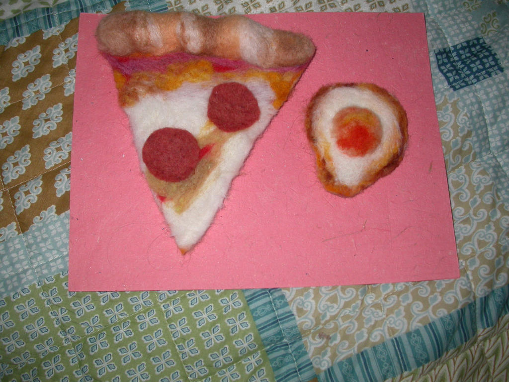 needlefelted two way clip pizza n egg for lolita by shycreature