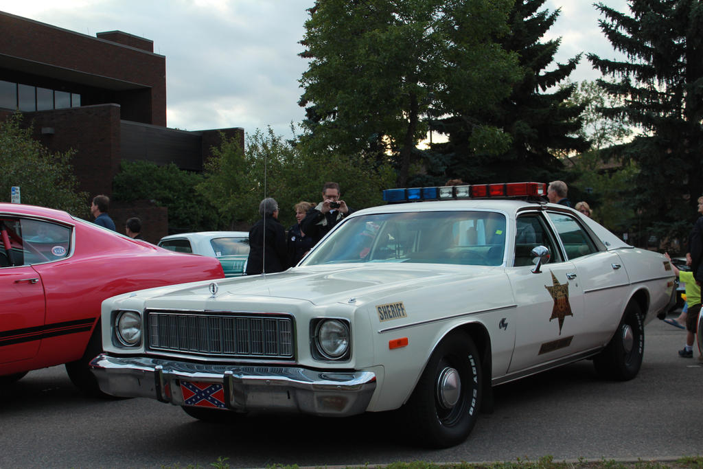 Gotta get dem duke boys by kyleandtheclassics on deviantart for 1976 plymouth fury salon