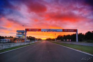 Racetrack Evening by konax