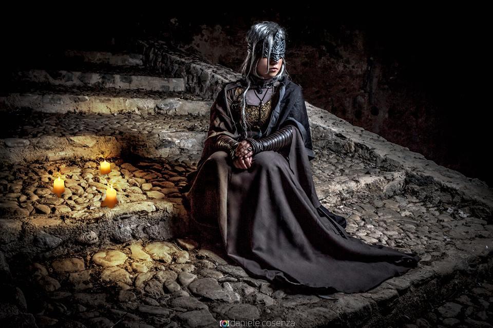 Dark Souls 3 Fire Keeper Cosplay: PennyDovakhiin (Roberta)