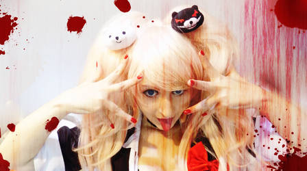 Enoshima Junko Cosplay, Bloody! by AliceNero