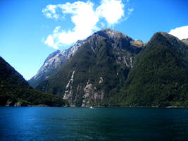 Milford Sound by TheConclusion