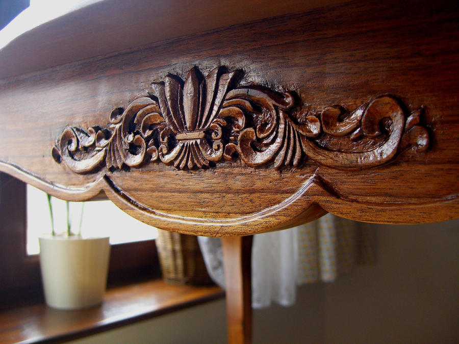 Table Louis XV.   5   Carving Detail By Bengo Matus ...