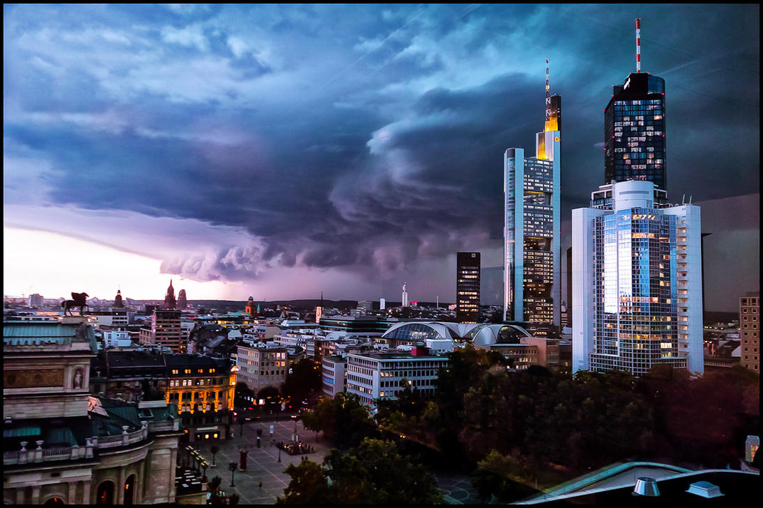 Storm over the city 2 by calimer00