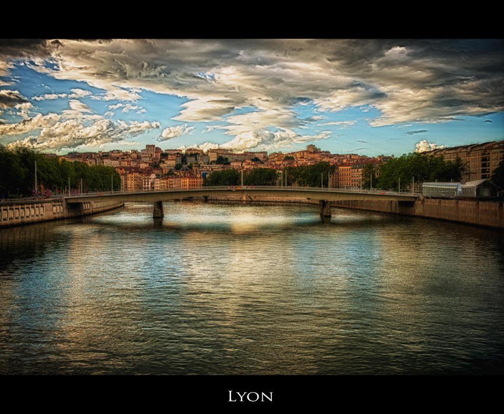Lyon 1 by calimer00