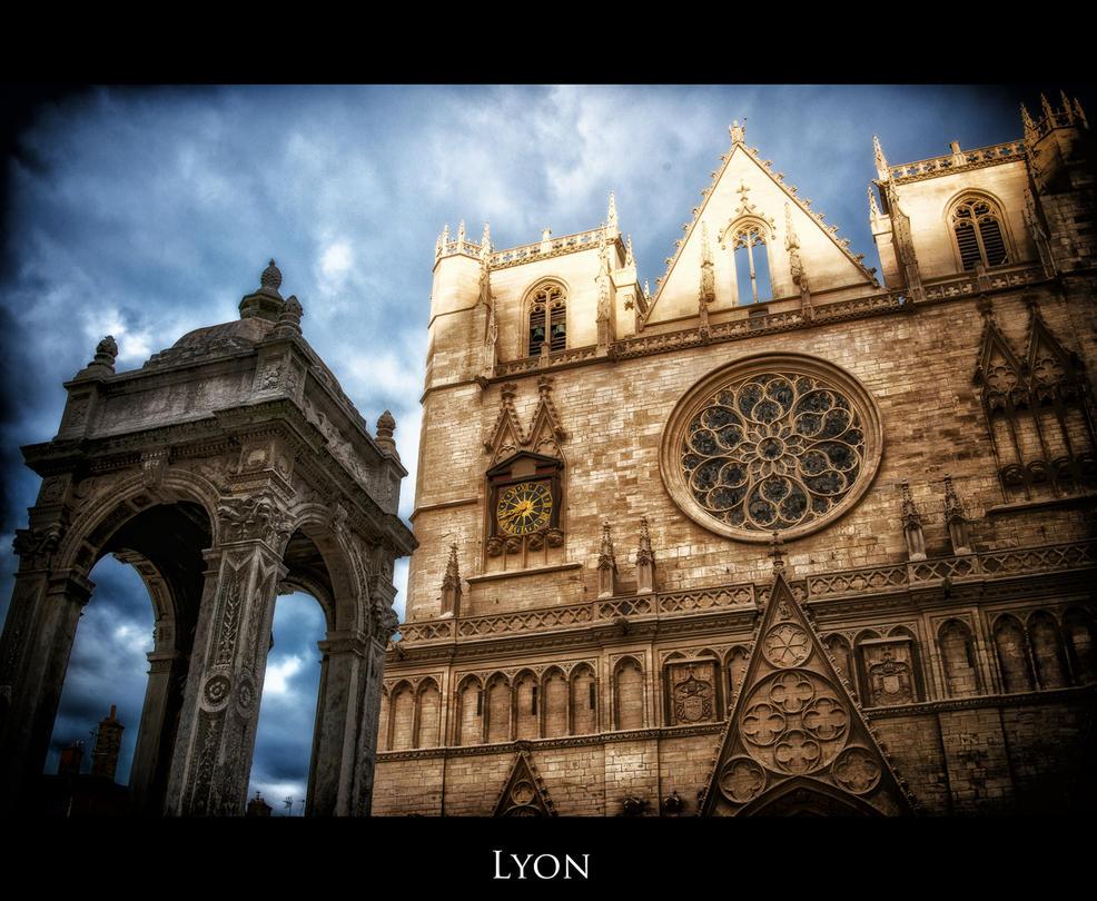 Lyon 2 by calimer00