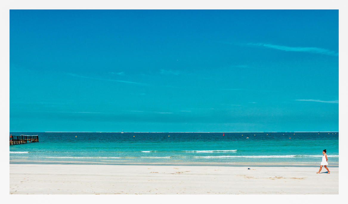 Dubai Beach by calimer00