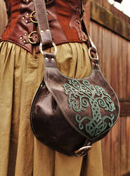 Work of the day : brown yggdrasil bag