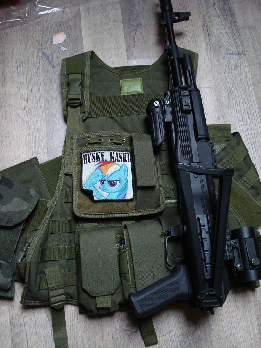 morale patch rainbow dash by Huskykaski