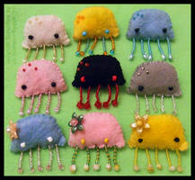 Jellyfish Brooches by pookat