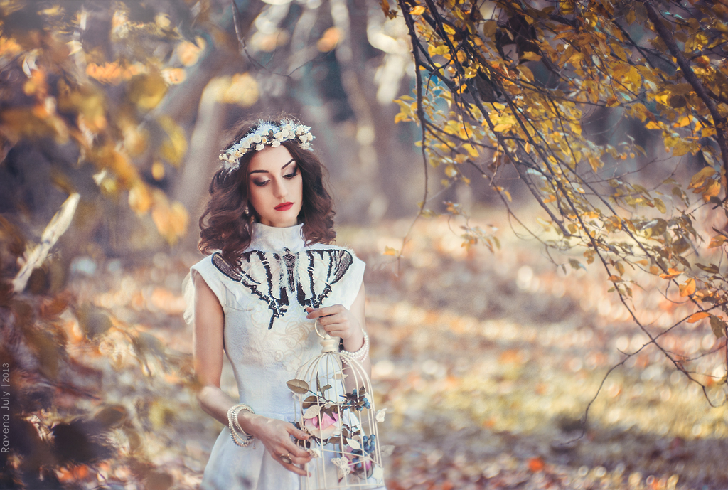 Autumn Breeze. Branch Project I by RavenaJuliart