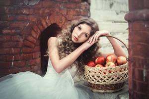 Beauty Ann 10 by RavenaJuly