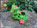 Green Forest Dragon Mom with Baby by AtriaPolymerClay